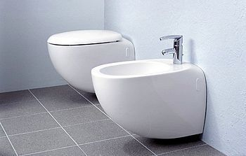 Italian Bathrooms The Bidet And How To Have A Sparkling Downtown Area Bidet Italian Bathroom Bathroom