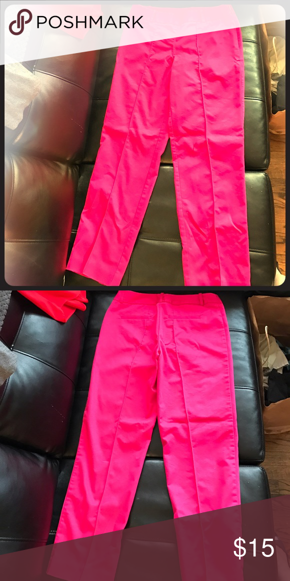Worthing Hot Pink Cropped Pant The weather is getting warmer and so should your wardrobe with these amazing Worthington Hot Pink cropped pants. I bought them for spring but the waist is a bit too big! Used but not abused and waiting for a good home today!!! Worthington Pants Ankle & Cropped