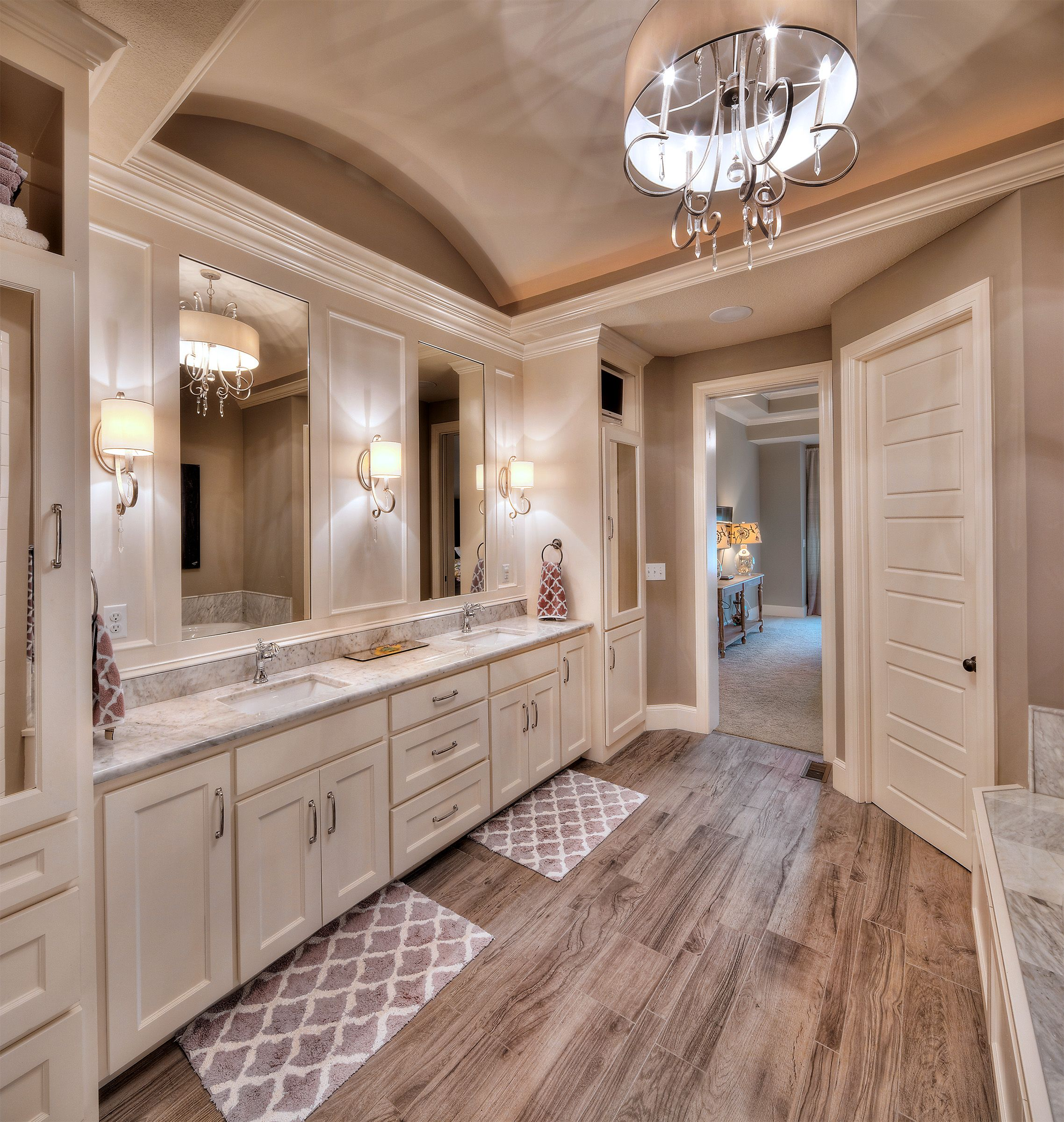 Master bathroom his and her sink home pinterest for Large bathroom designs pictures