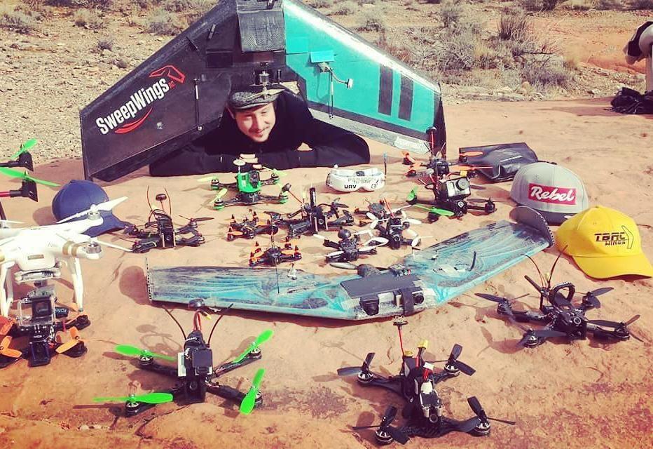 "sweepwingsrc: ""Non stop fun!  @droneworlds @dronenationals @flashgangster @msflashgangster @fpvaces @flyingbear.fpv @yuvski_k @rotorguru @RotorSports @hovership @teampropkillas @charpu_fpv @_furadi_  @nine.fpv #Dronenationals #droneworlds #RotorSports #ho"