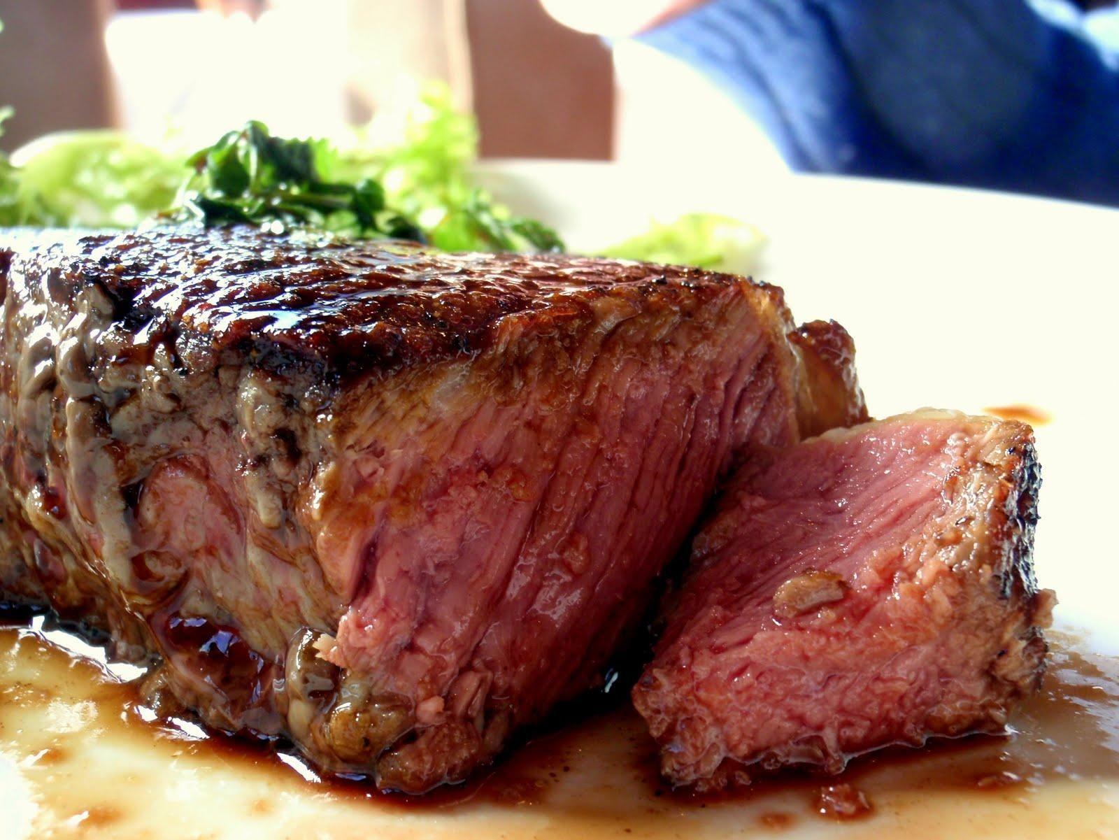 Sirloin Steak With Port Wine Jus 1600 X 1201 Foodporn Food Foodie Yummy Yum Foodgasm Nomnom Delicious Recipe Man Food Food Full Meal Recipes