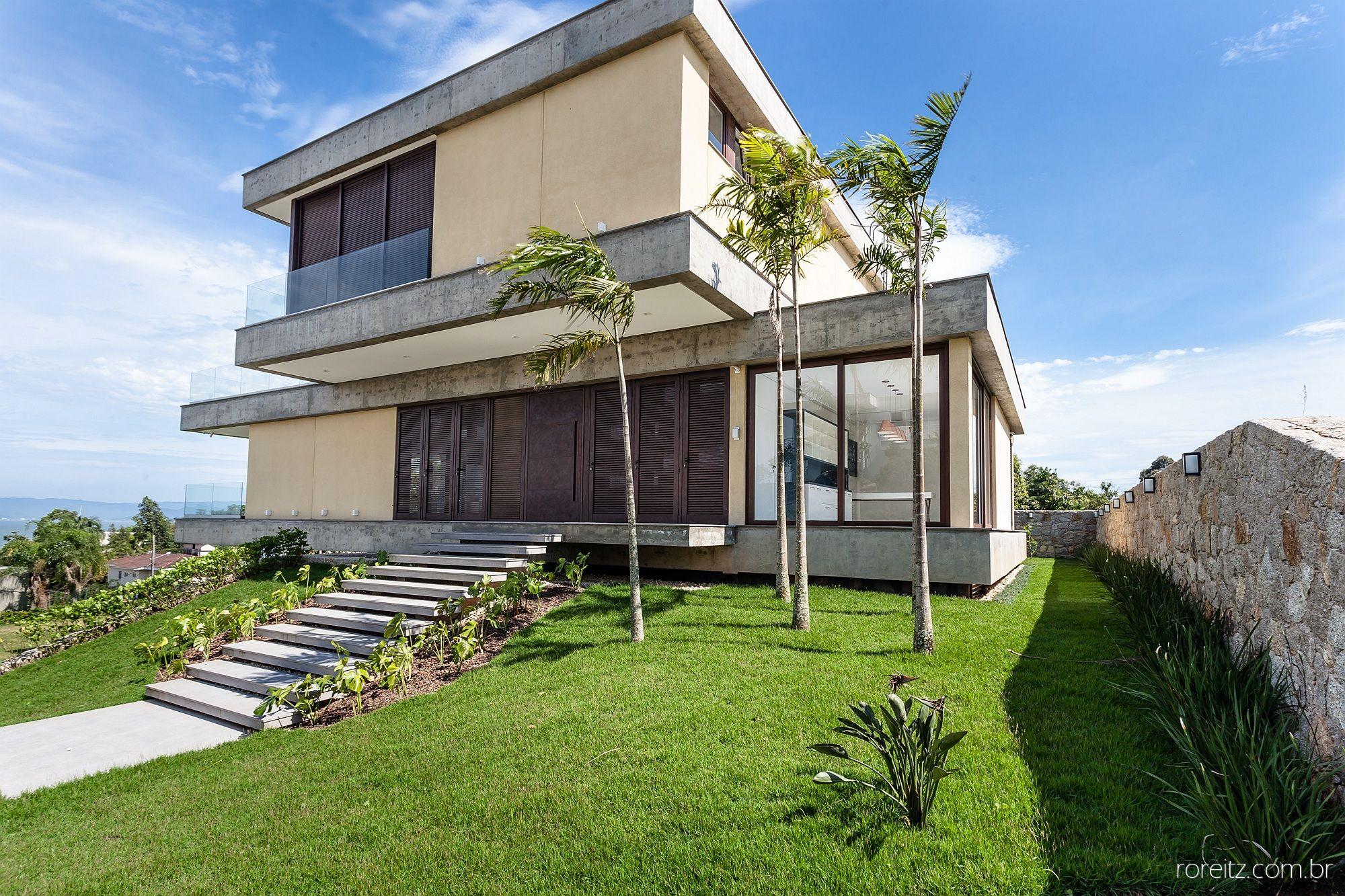 Residência RG - MarchettiBonetti+ Arquitetos Associados http://www.marchettibonetti.com.br #architecture #florianopolis