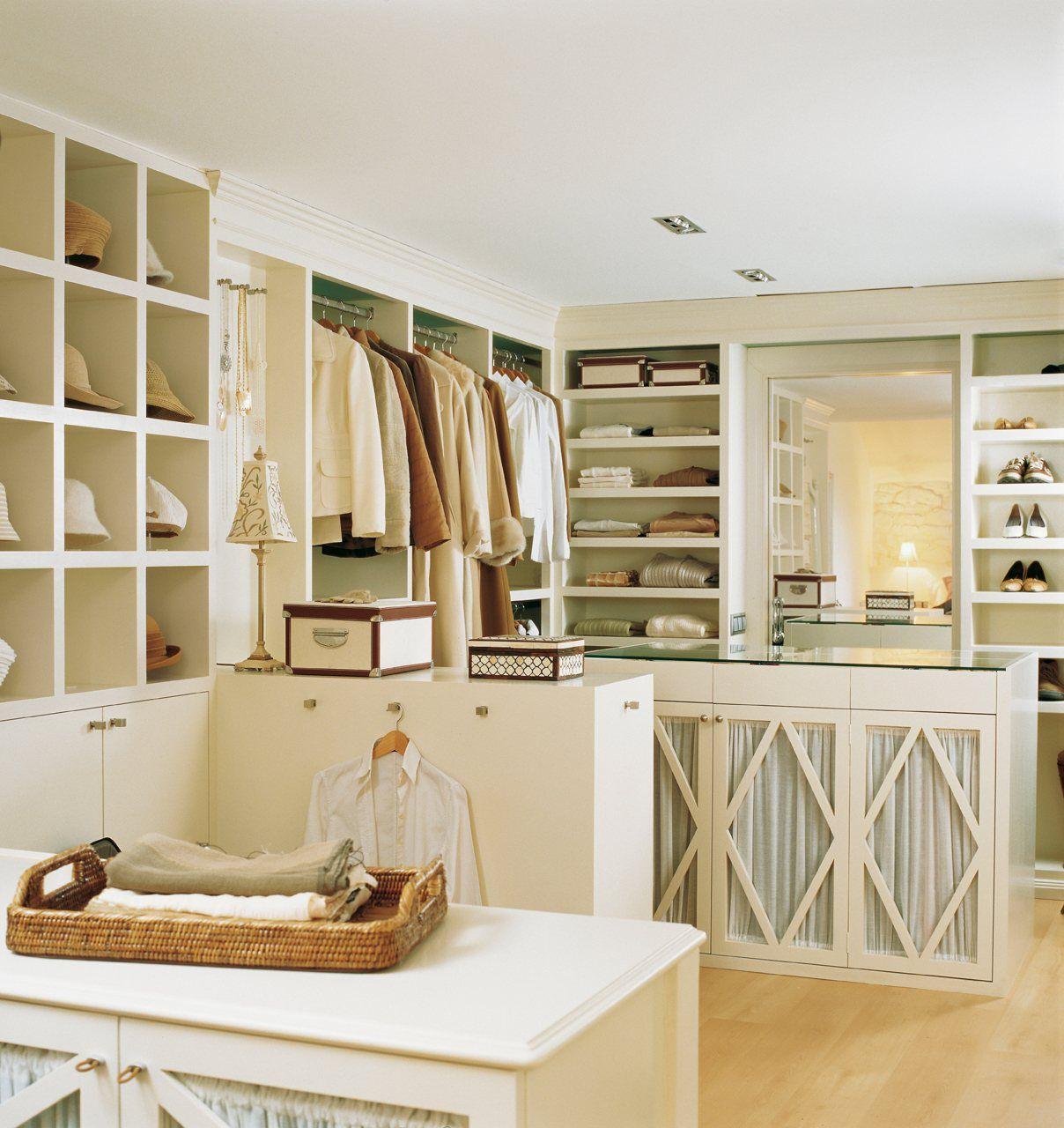 10 vestidores muy prácticos | Estancias, Dormitorio y Vestidor