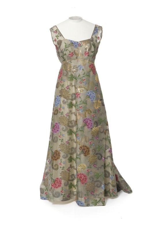 Elsa schiaparelli maison de couture 1945 1950 elsa schiaparelli couturier 1945 1950 - Maison couture et fils ...