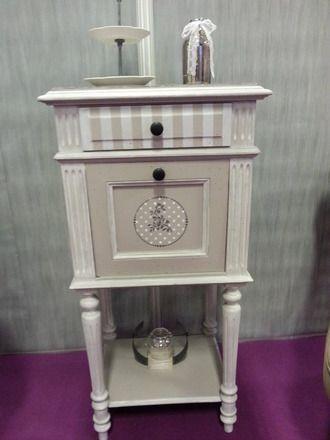 Chevet ou meuble d 39 appoint henri ii relook chic et charme couleur gris galet plateau en b ton for Meuble henri 2 relooke