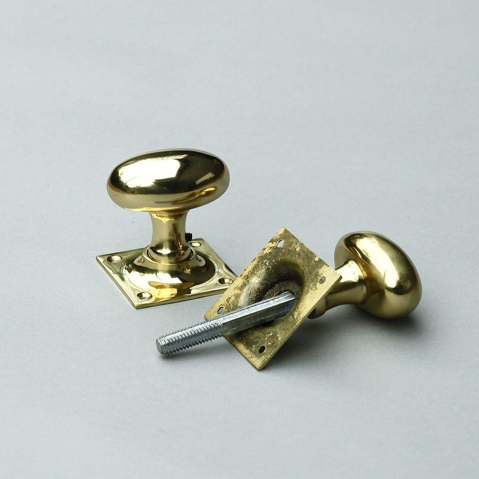 真鍮の楕円形ドアノブ 座金が四角形 店舗 住宅ドアなどに 英国