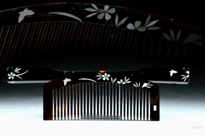 kanzashi hair comb raden - raden kanzashi hair comb - hair comb raden kanzashi - kanzashi hair comb - raden hair - hair comb raden by JapaVintage on Etsy