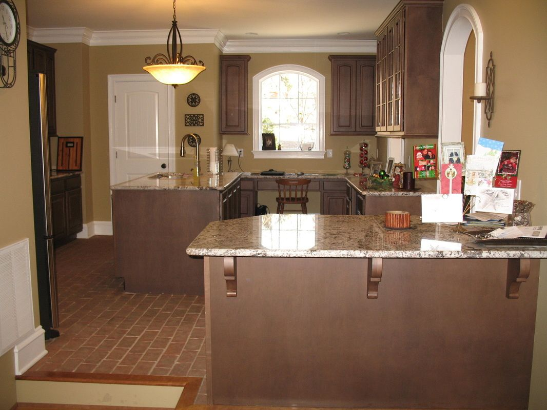 chicago brick flooring with granite counter tops |  brick tile