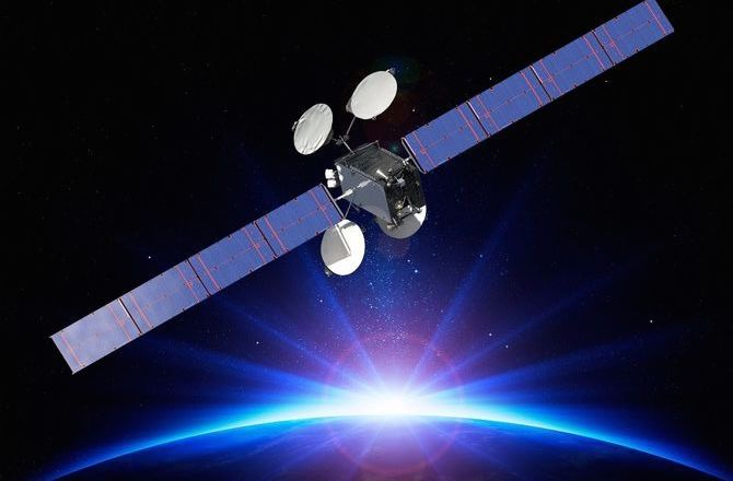 Boeing S All Electric Propulsion Satellite Begins Operation Satellites Propulsion Boeing