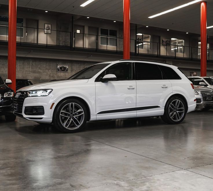 Cool Audi 2017. Awesome Audi 2017: Nice Audi 2017: Glacier White Q7 with Black Optics | Audi Sea...  Cars 2017 Check more at http://carsboard.pro/2017/2017/07/09/audi-2017-awesome-audi-2017-nice-audi-2017-glacier-white-q7-with-black-optics-audi-sea-cars-2017/