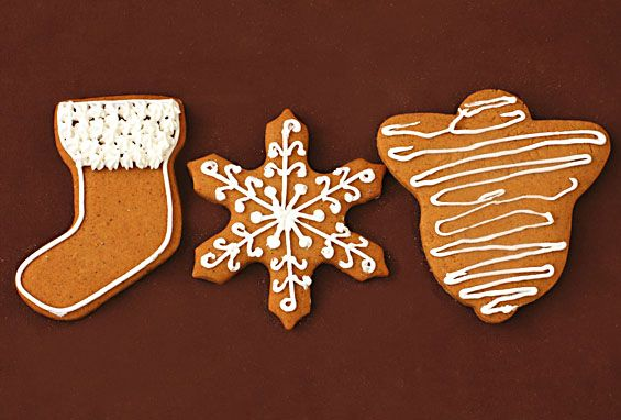 You will love this delicious and classic holiday gingerbread cookies recipe!