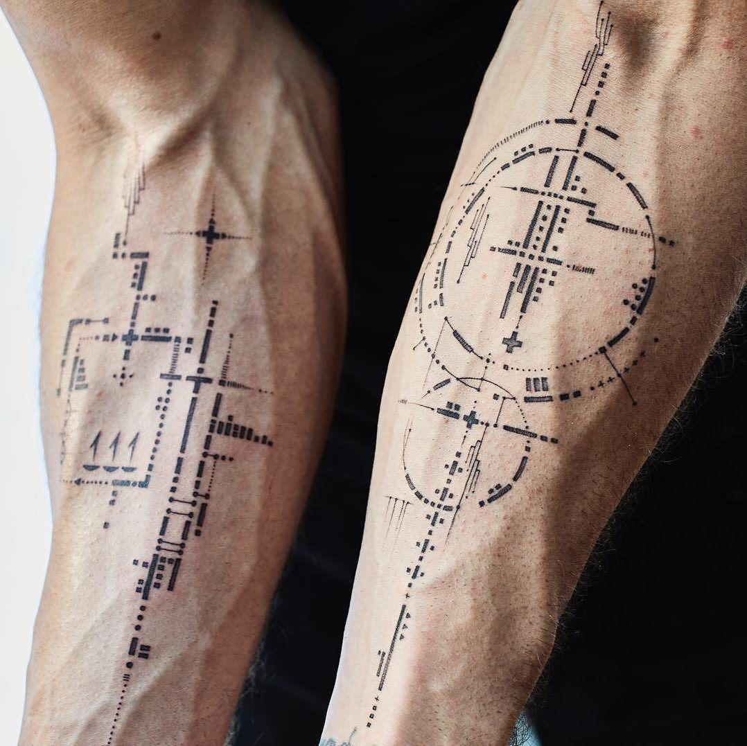 Blackwork tattoo by traveling tattoo artist balazs