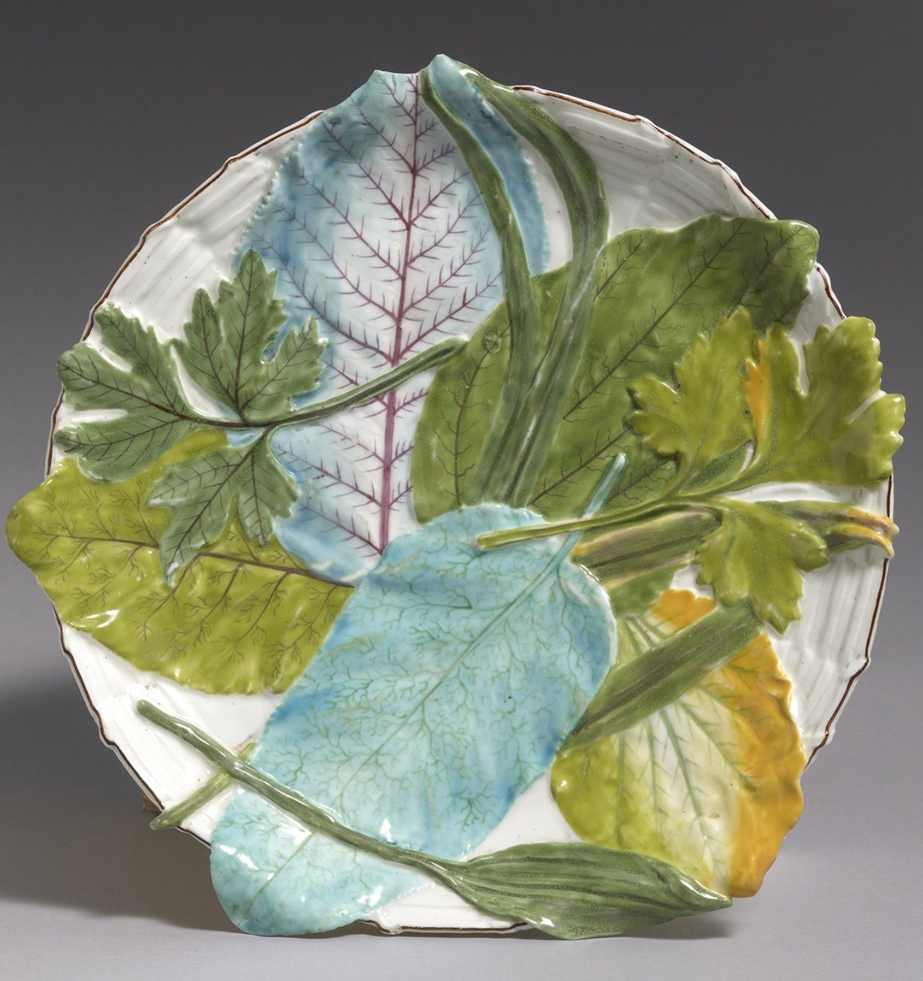 Chelsea Circular Leaf and Basket Weave Moulded Stand 1755.