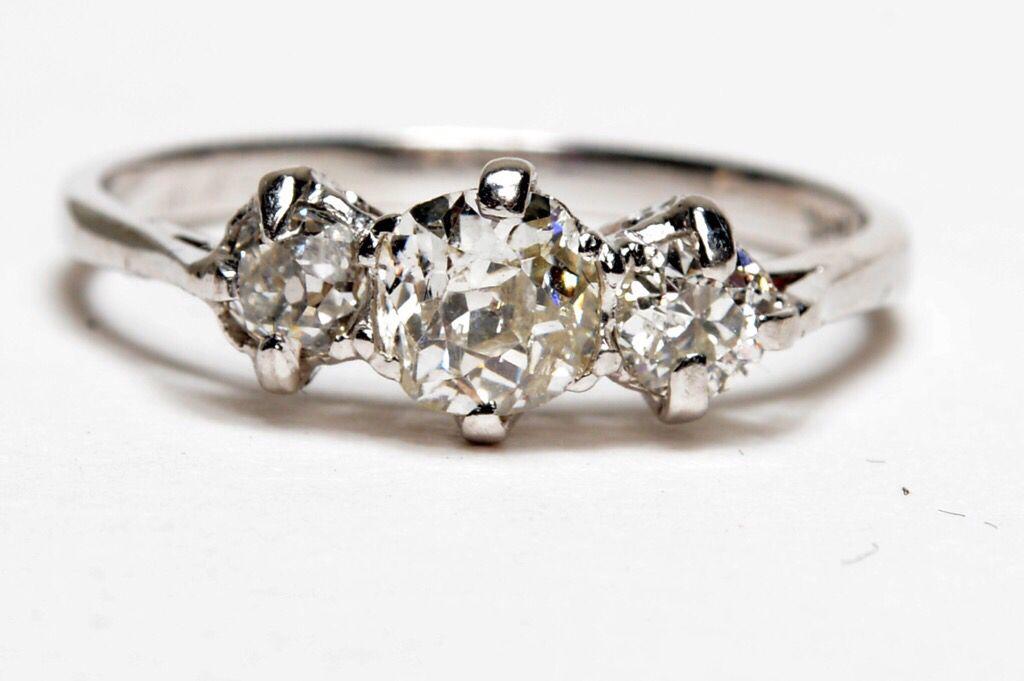 : #Jewellery #ijl2015 #EngagementRings #Diamond #clawset #ForHer #EngagementRing #jewelleryinspiration #trilogy