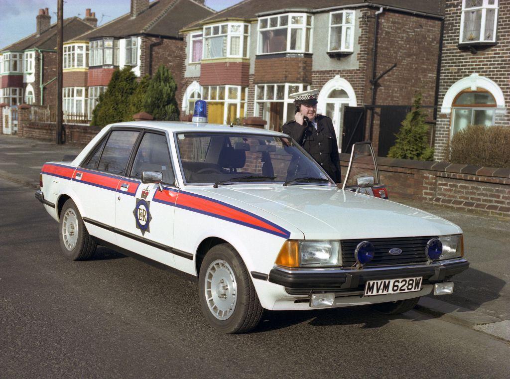 1980 Uk Ford Granada 2 8i Ghia Police Cars British Police