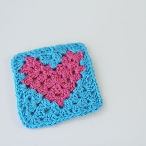 How to make a simple crochet heart pattern. I hope these step by ...