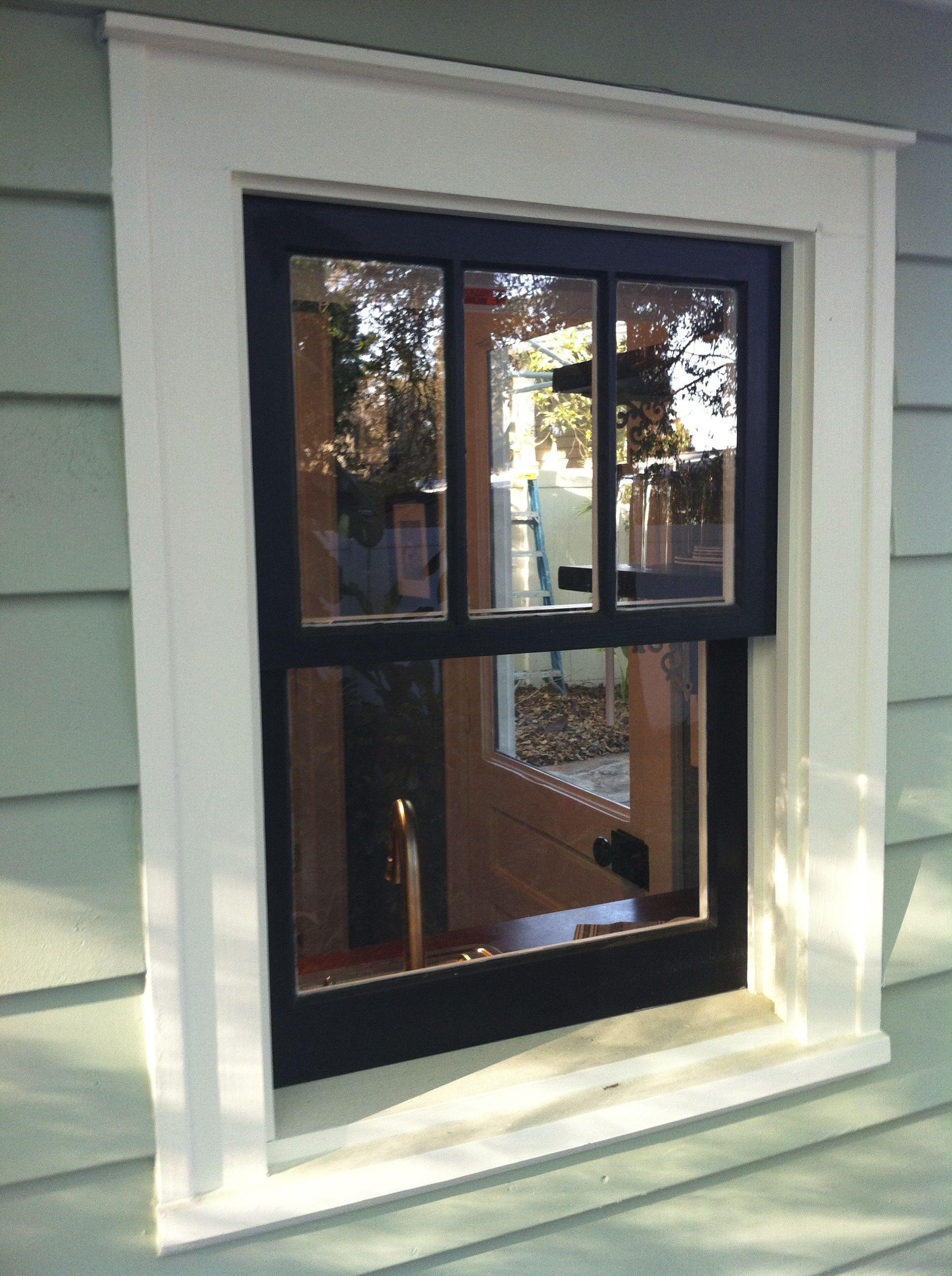 Historic wood window how to repair old windows - Exterior wood paint black ...