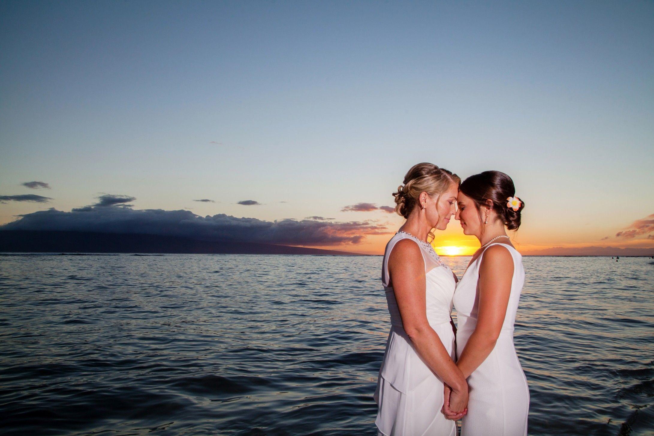 von-maedchen-hawaii-lesbische-hochzeit-universitaet-gifs