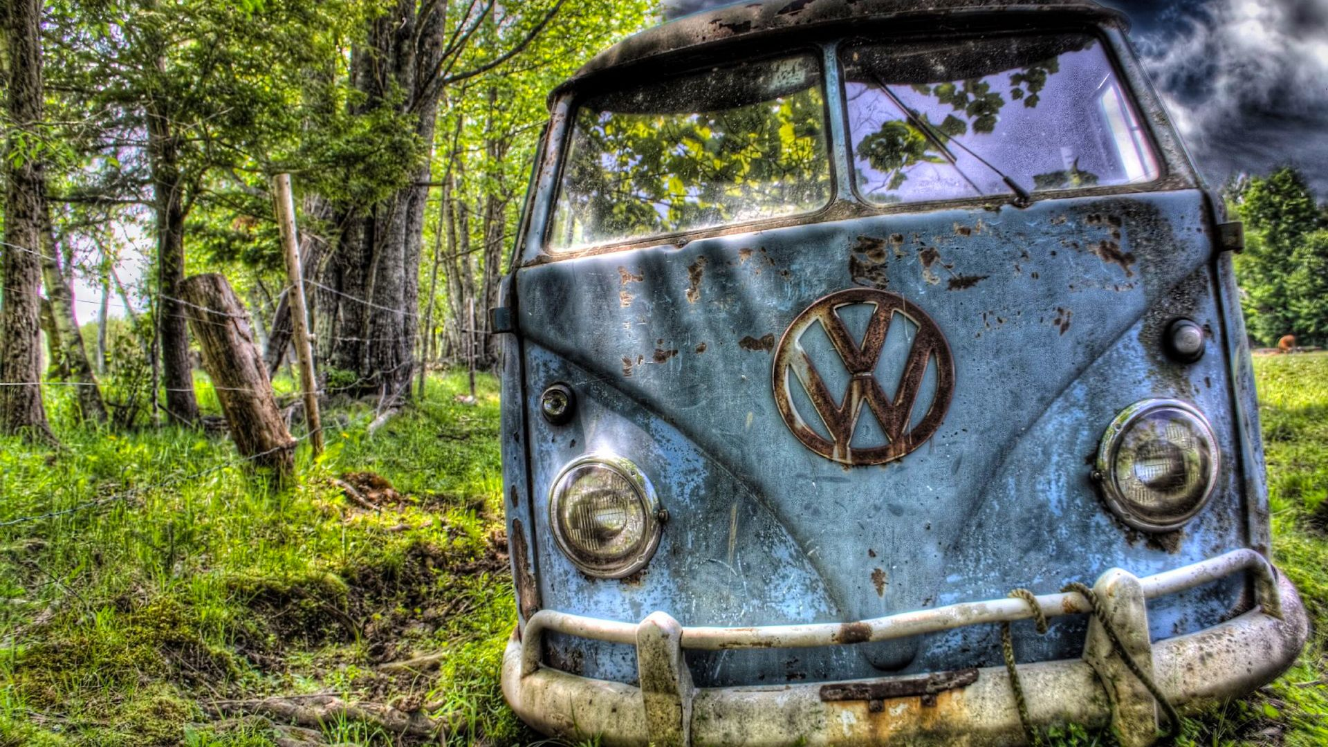 Rusty Kombi With Images Vw Classic Old Trucks Rust In Peace