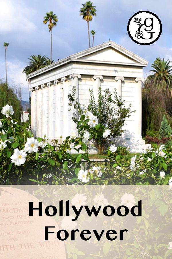 Hollywood Forever Cemetery, Hollywood, California. A beautifully landscaped cultural landmark that intends to carry on a certain mythical Hollywood legacy.   #gradinggardens #gardenreview #gardenblog #garden #cemetery #hollywoodforever #hollywoodforevercemetery #losangeles #california