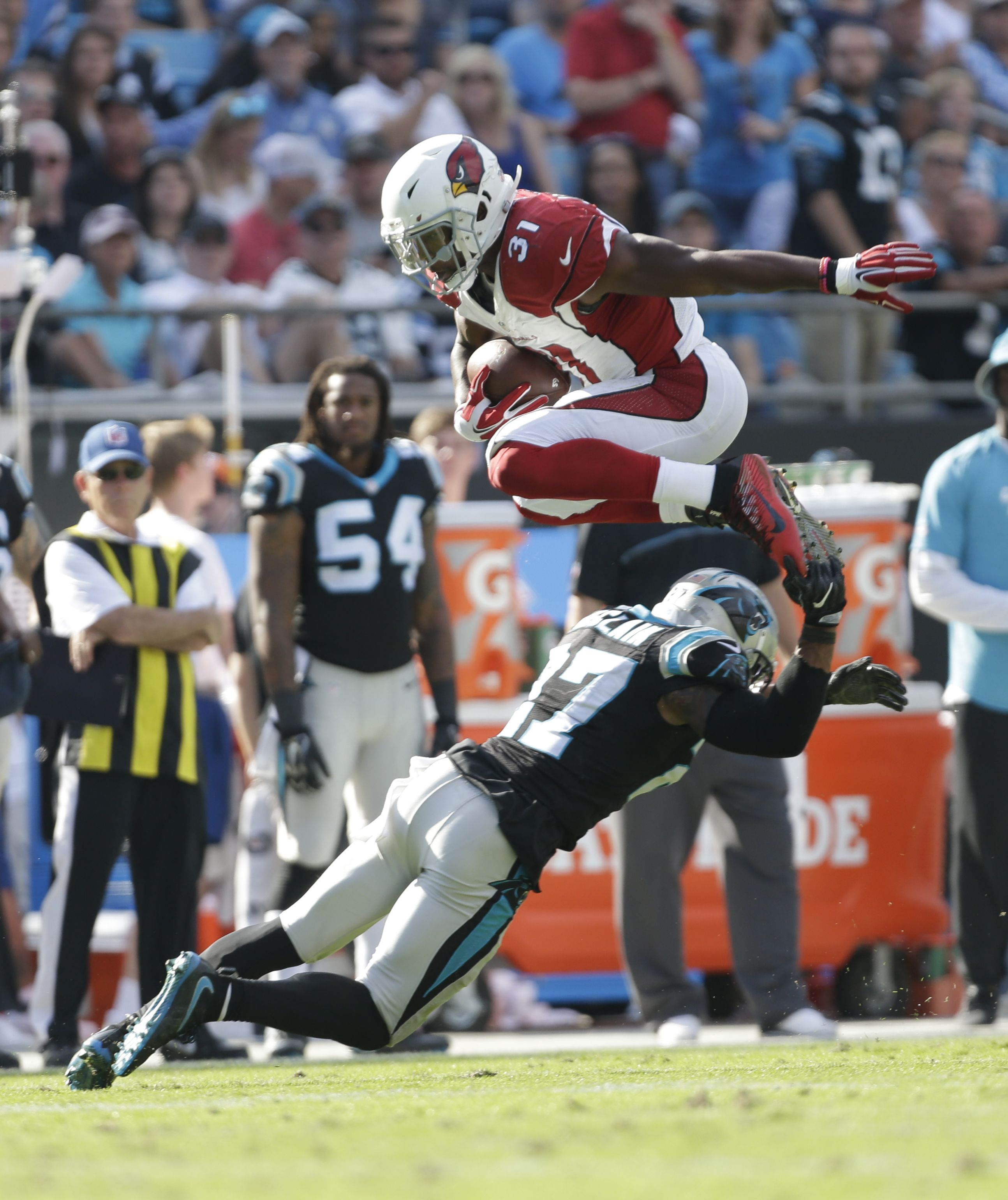 Some People Go Around An Obstacle Cardinals Rb David Johnson Goes Over Ap Leverone Arizona Cardinals Nfl Teams Nfl Season