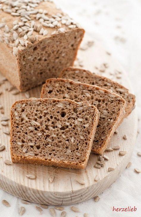 Rezept für ein einfaches Vollkornbrot | Rezept | Brote ...