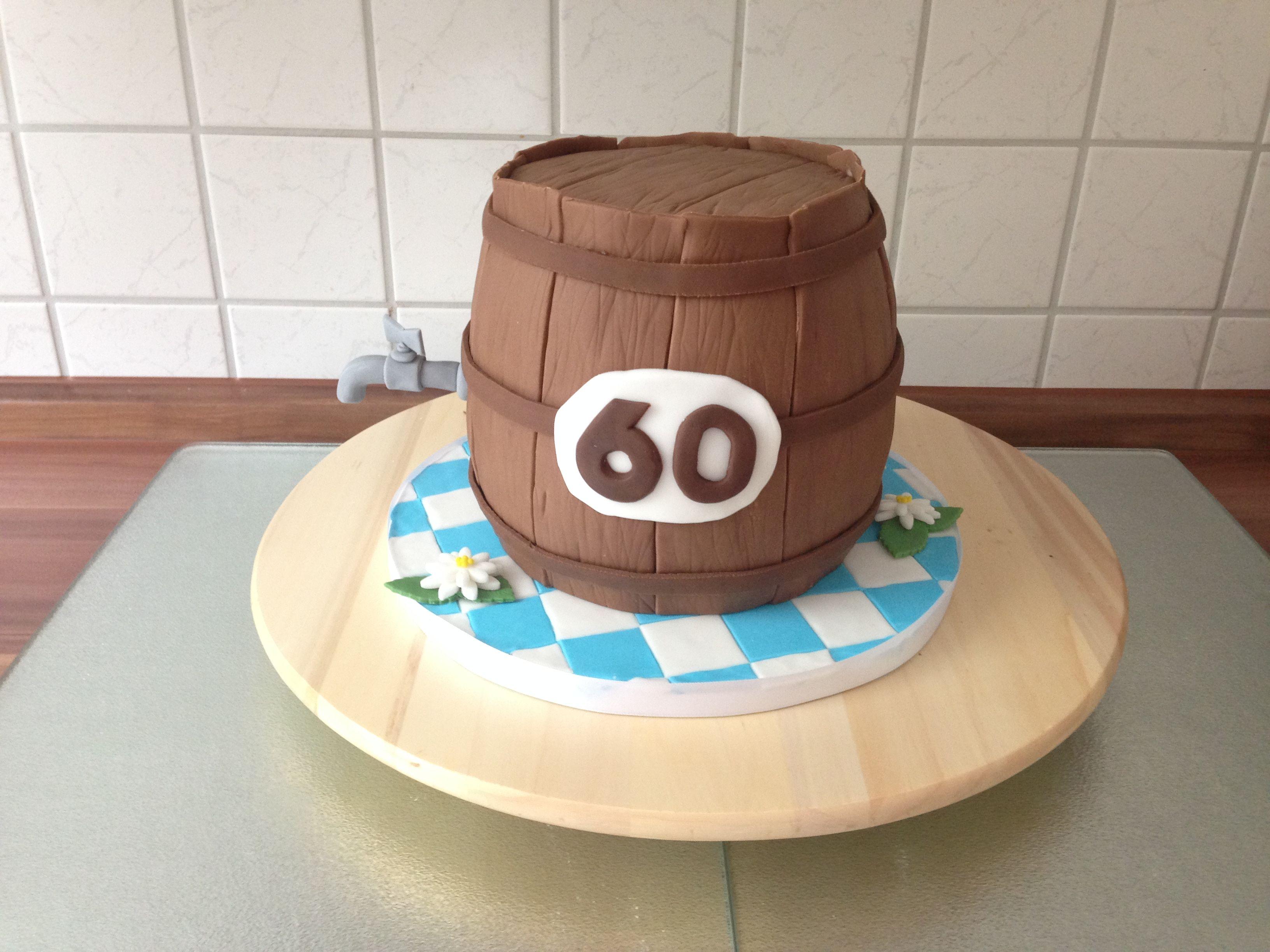Bierfass Torte Kuchen Fasstorte Bierfass Edelweiss Blume Und Zapfhahn Aus Fondant Torte Zum Geburtstag 60 Torte Zum 60 Geburtstag Motivtorten Kuchen
