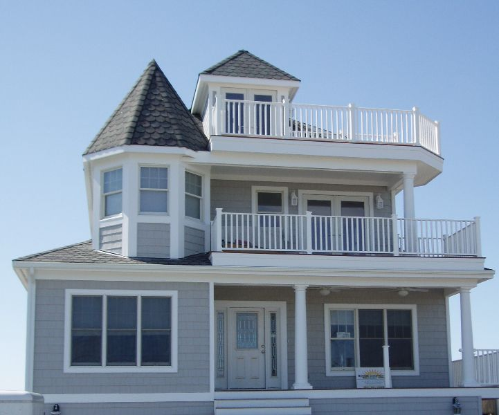 Hampton Beach House Love The Blue Grey And White