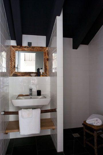 Petite salle de bain optimisée  inspiration coup de coeur - lavabo retro salle de bain