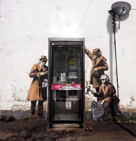 Banksy Nin 189 Duvar Resmi Grafitisi Ve Sokak Sanati Banksy Sokak Sanati Graffiti Graffiti Art
