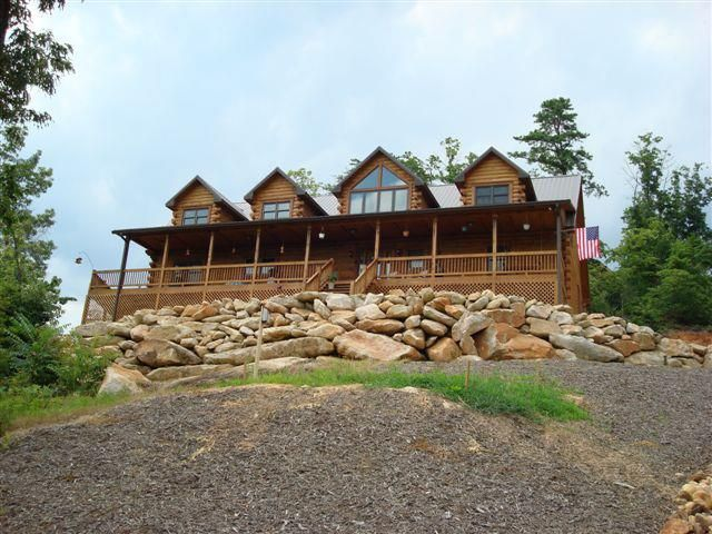 gastineau log homes is the world s largest producer of oak log homes rh pinterest com Cedar Log Homes oak log homes missouri