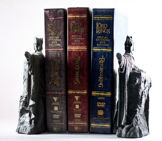 Argonath bookends i neeeeeed them geeky nerdy stuff pinterest - Lord of the rings bookends ...
