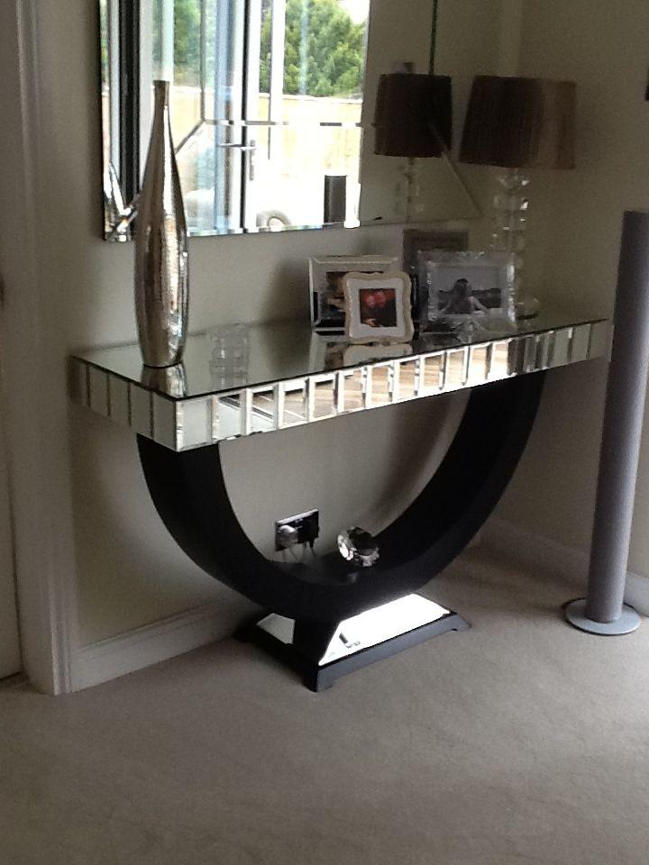 Quartz Black Mirrored Console Table