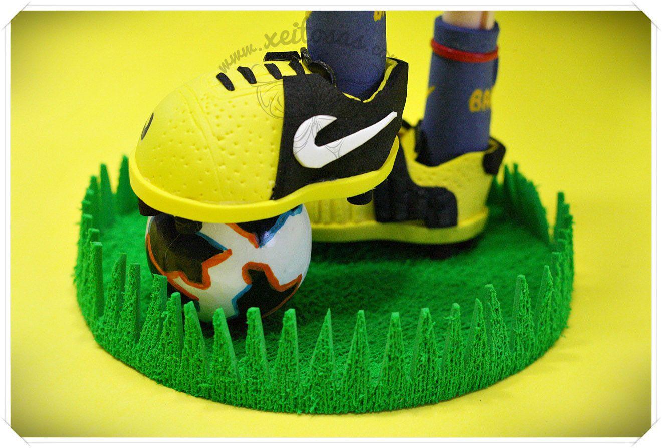 Botas de fútbol para jugador del F.C. Barcelona | Zapatos Fofuchas