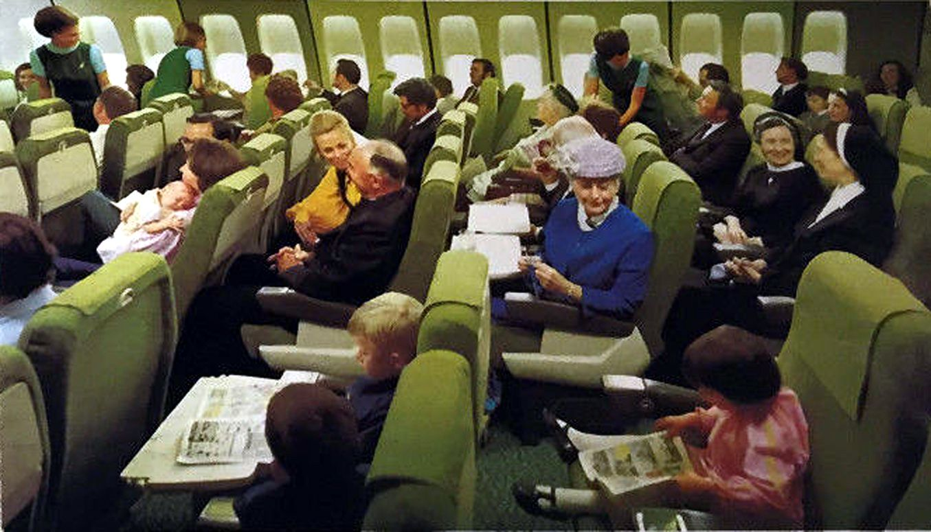 Aer Lingus 747 Economy Class In The 70 S With Images Vintage