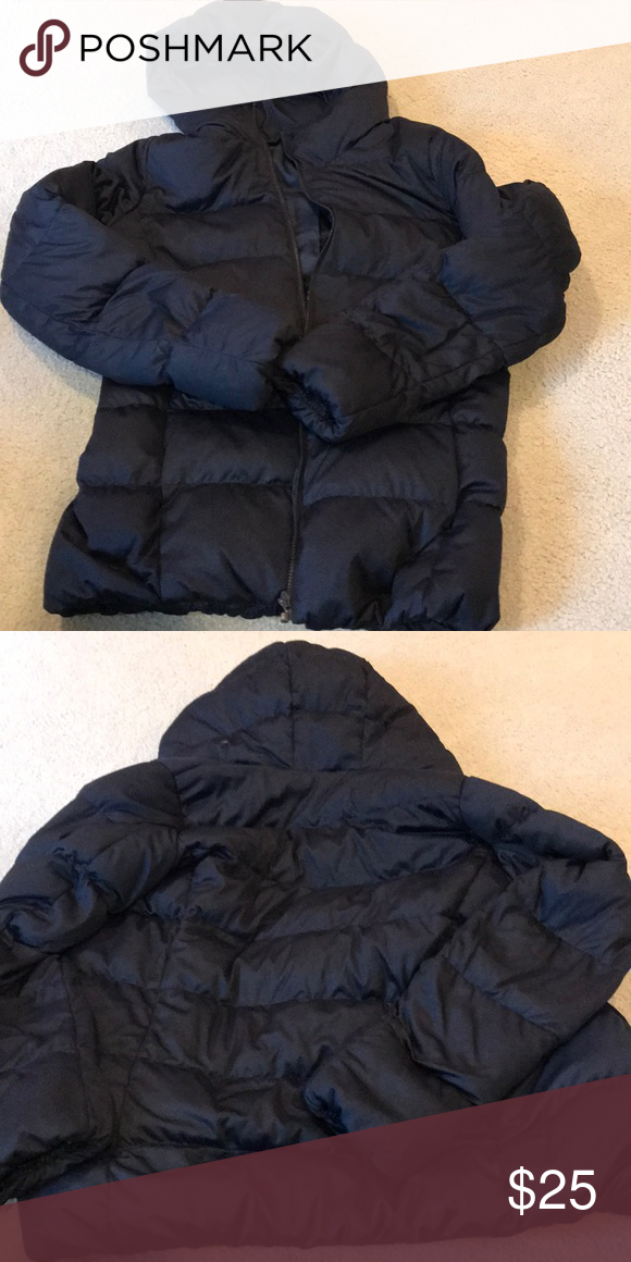 d96073c85 Uniqlo hooded puffer jacket Rarely worn in great condition Uniqlo Jackets & Coats  Puffers