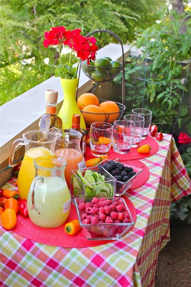 make-your-own margarita bar A variety of juices and fruits and Sauza! #SummerBash