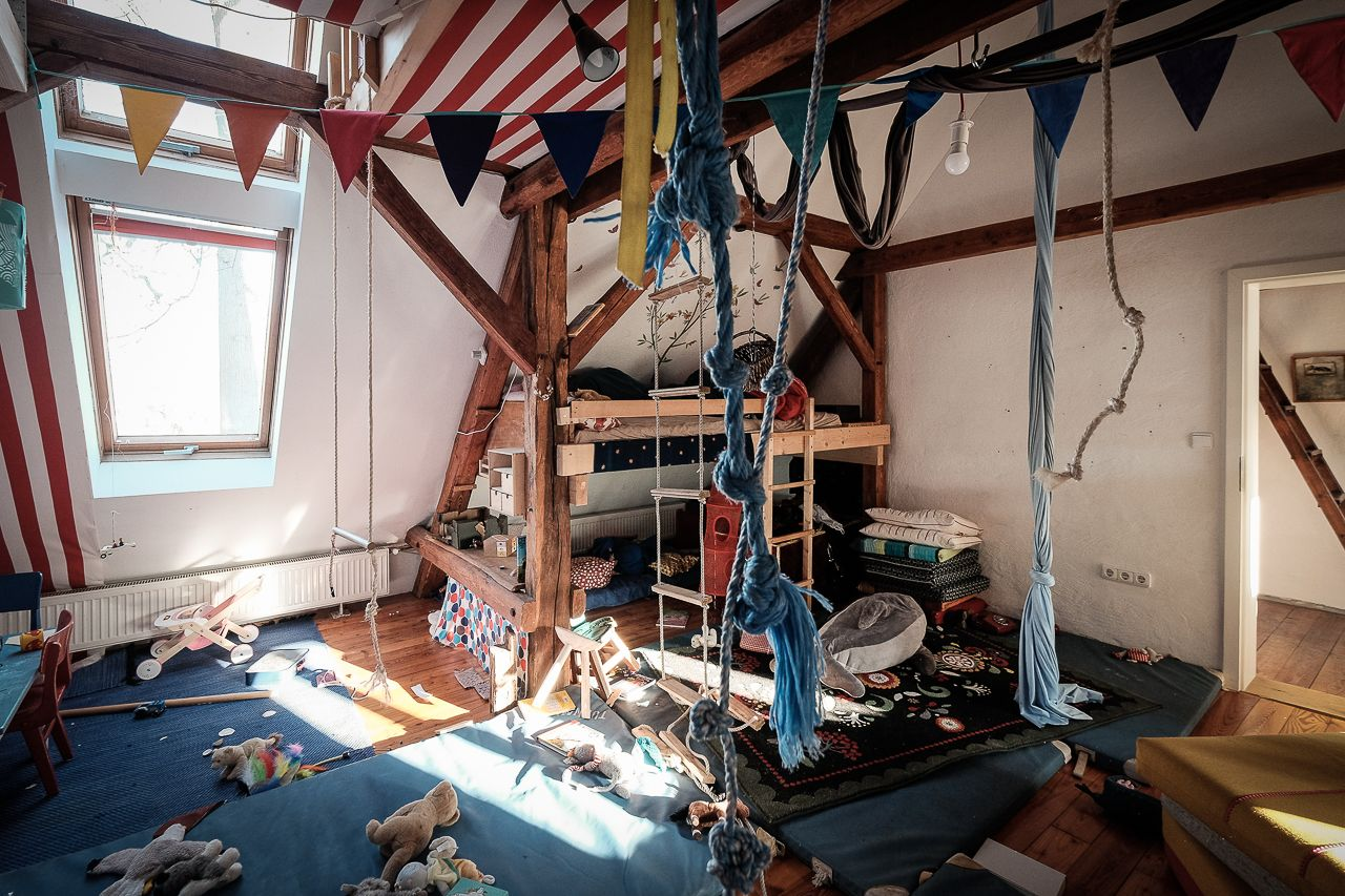 Kreatives Kinderzimmer Im Ausgebauten Dachgeschoss Einer