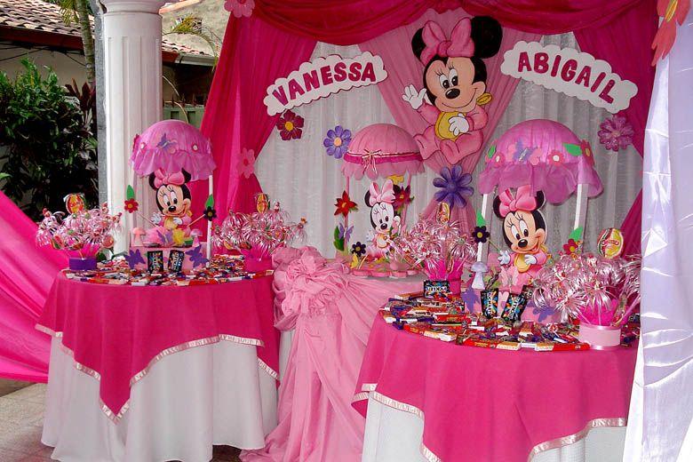 Bizcocho de mandy y vale on Pinterest | Minnie Mouse, Fiestas and ...