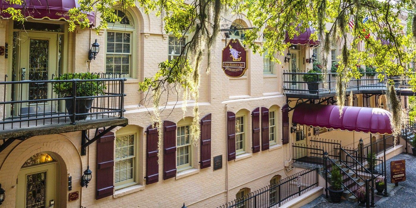 Olde Harbour Inn 508 East Factors Walk Savannah Georgia 31401 Phone 912 234 4100 Toll Free 800 553 6533 Savannah Hotels Savannah Chat Inn