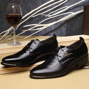 new shoes with narrow toe black a true gentleman knows