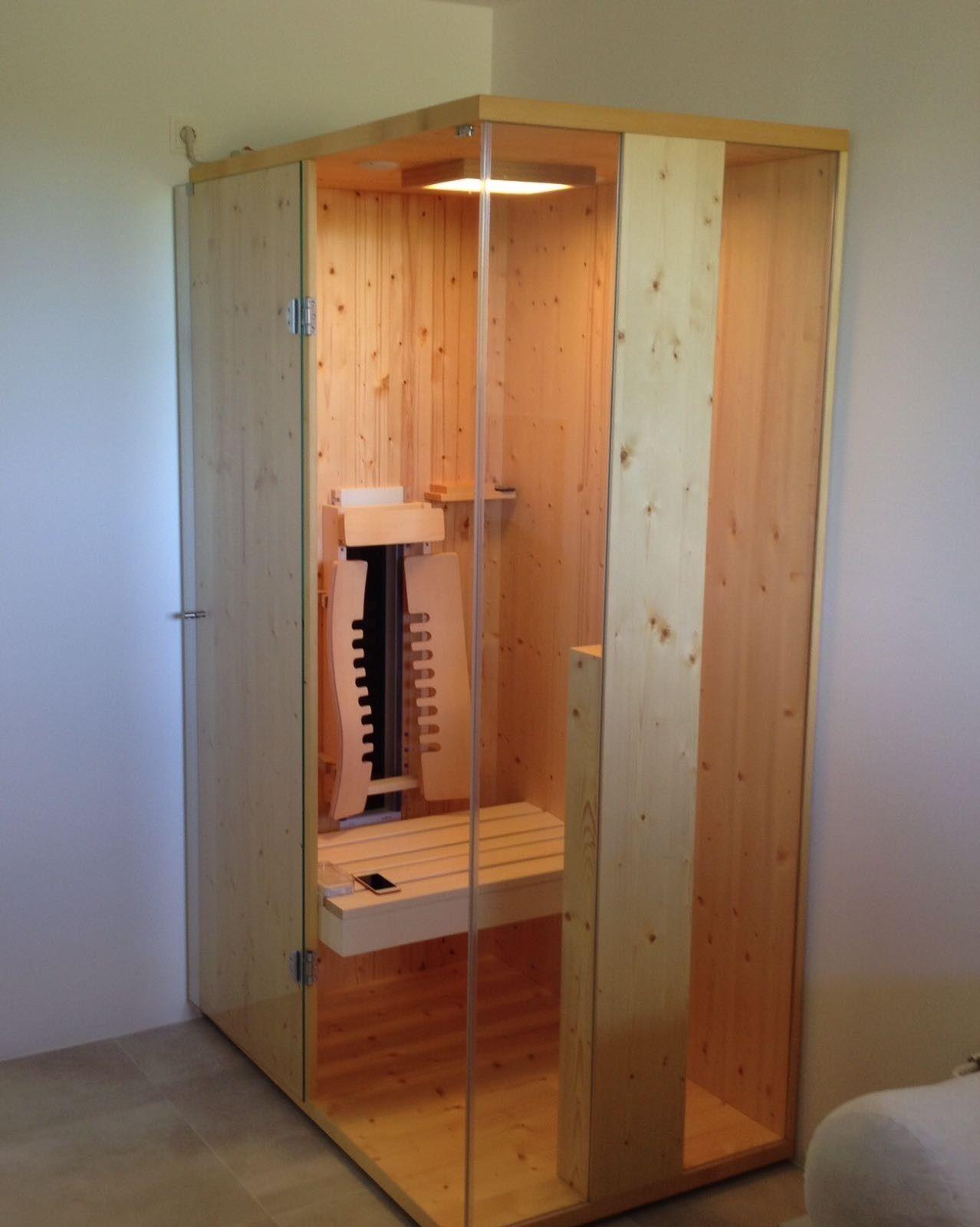 Klein Aber Fein Eine Kleine Infrarotkabine Fur Eine Person Von Gurtner Wellness Die Perfekte Austattung Macht Sie Zu E Infrarotkabine Kabine Infrarot Sauna