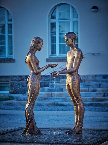 by Małgorzata Chodakowska, sculptor (2015)