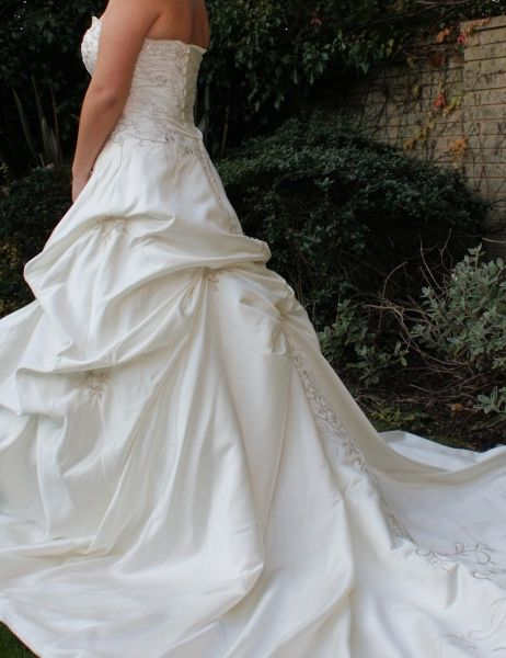 Images - Priceless Brides - Norfolk Wedding Directory and Bridal Guide for Getting Married in Norfolk