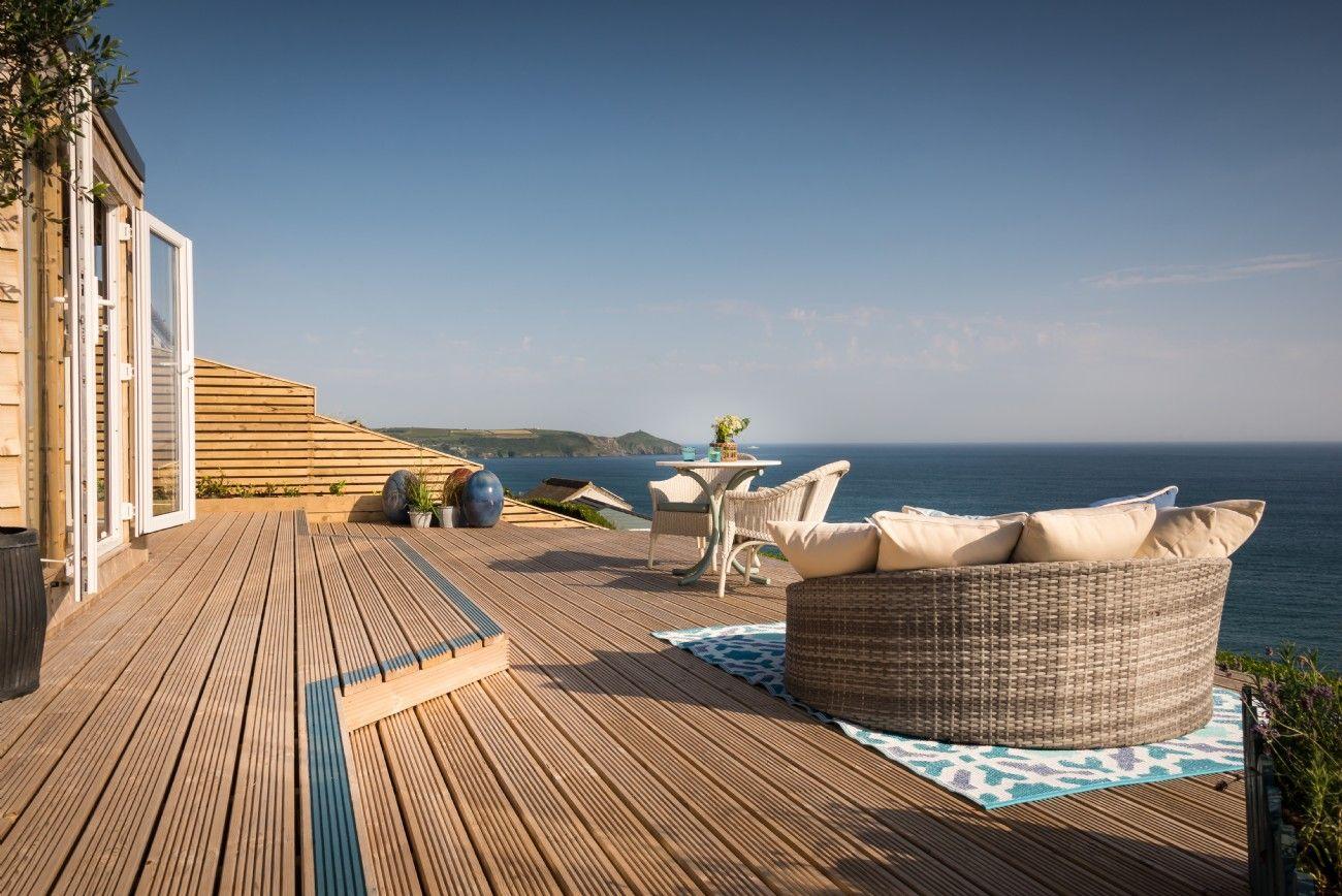Strange Luxury Beach Hut Freathy Cliff Whitsand Bay Cliff Top Download Free Architecture Designs Scobabritishbridgeorg