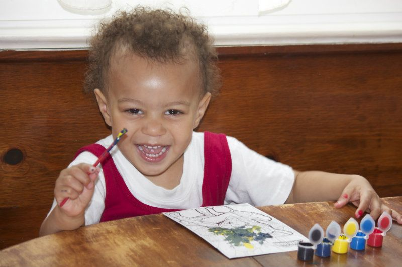 5 Ways to Keep Toddlers Entertained While Potty Training
