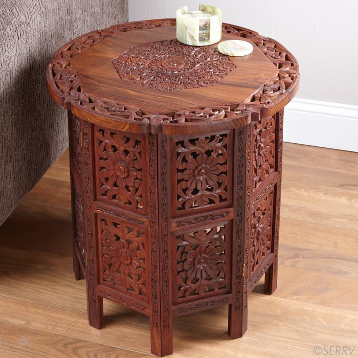 Shesham Side Table A Functional Work Of Wood Art This Shesham Wood Side Table Is Intricately Carved With A Floral Design On The Top Dekor Mobilya Ev Dekoru