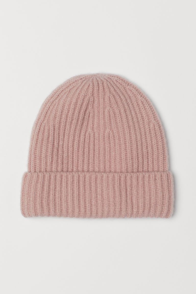 9bd4426e8 Cashmere Hat in 2019   stay warm in nyc   Cashmere hat, Knitted hats ...