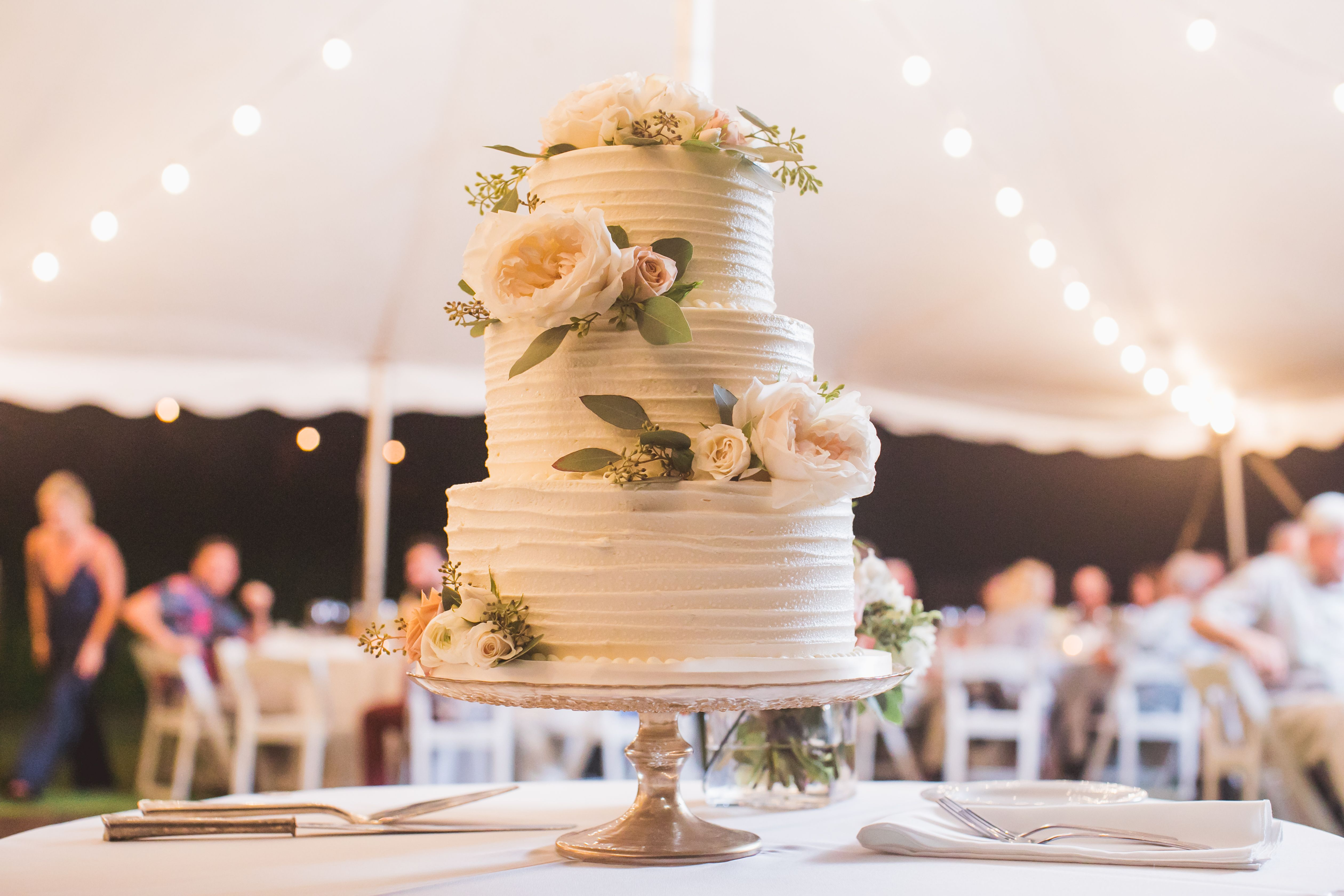 3 Tier Buttercream Wedding Cake Gold cake stand