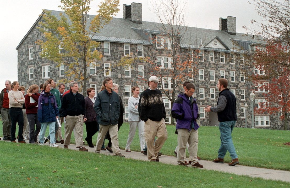 An admissions tour of Middlebury College in Vermont/Paul O